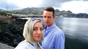 walking around Naxos - Taormina as the background of the photo